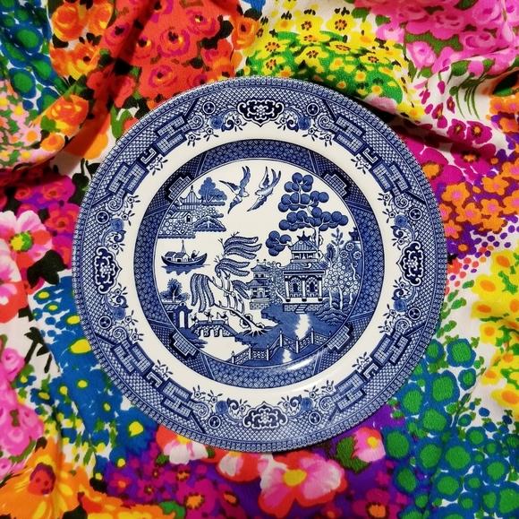 "churchill Other - VTG Churchill England Blue Willow 8"" Plate"